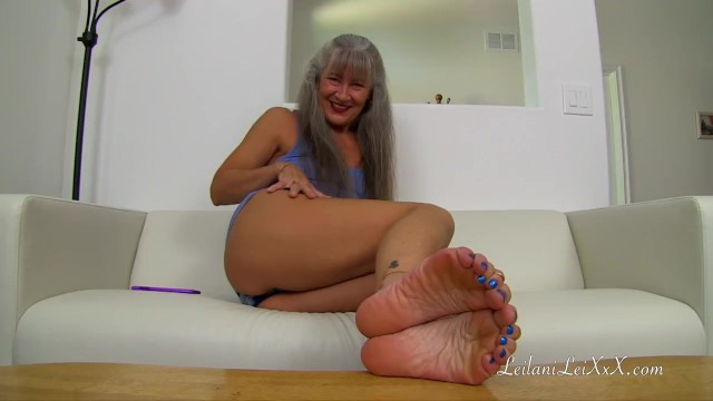 Sexy wiggling toes nhose Milf learns your fetish trailer