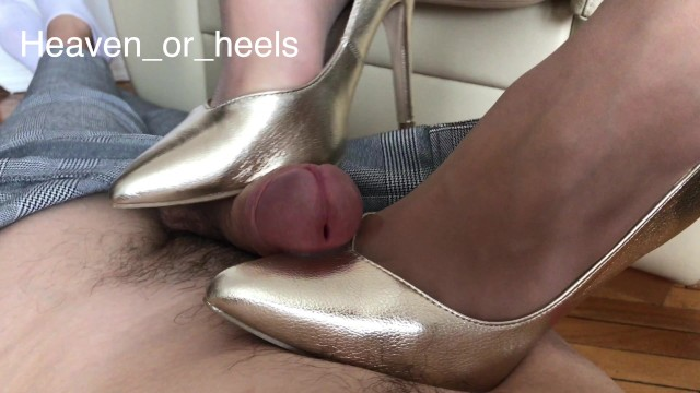 Hentai human high-light film Shoejob in high heels with light trampling and a happy ending