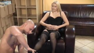 nylon feet sniffing