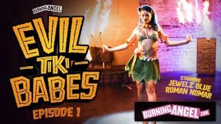 BurningAngel Barmaid Jewelz Blu给了Tiki热表演