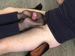 office girl heeljob & nylon footjob after work cum on feet