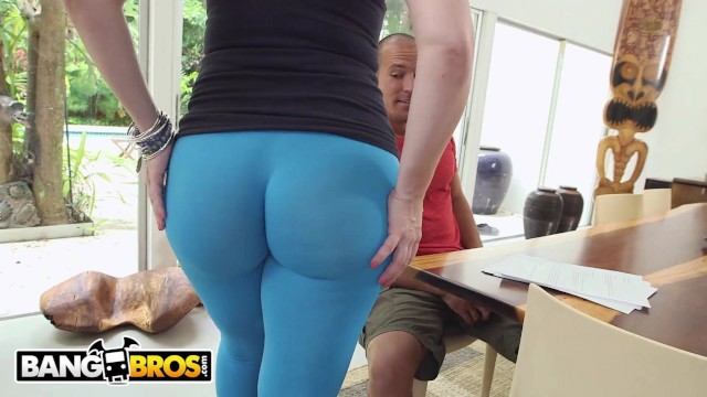 Sarah jay milf Bangbros - curvy pawg sara jay taking cock like a champ on ass parade