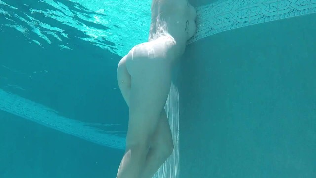 Fucking the pool guy Mossimo fuck roxy in pool - underwater shot