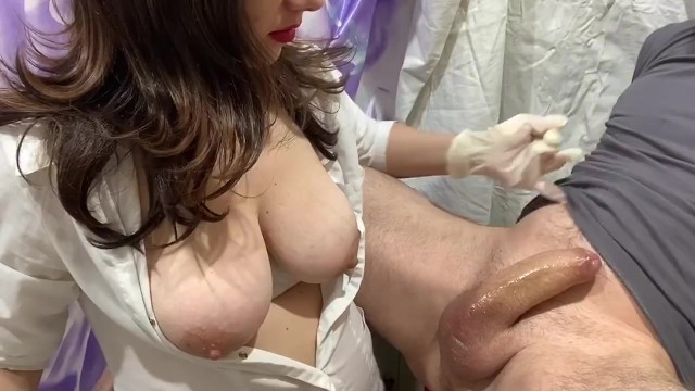Nurses giving prostate massage and handjob - Russian mature nurse prostate milking проверка простаты от зрелой медсестр