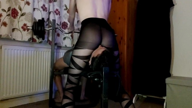 Mistress sexy nylons Nylon facesitting babe,faceriding and fullweight smothering in sexy tights