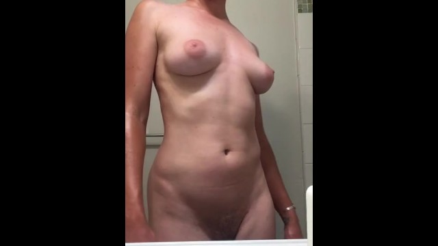 Droopin tits - Tittie time