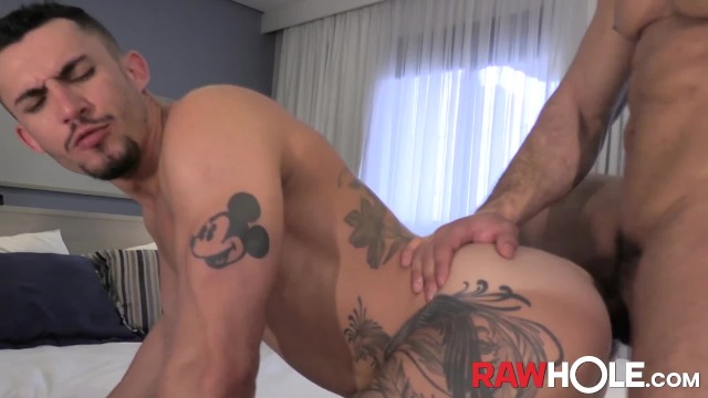 Net gay brazil Rawhole brazilian hunk douglas ferraz barebacks joao miguels hole