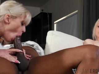 TRANSEROTICA Babe Wanking While TS Kelly Shaw Fucks Her Man