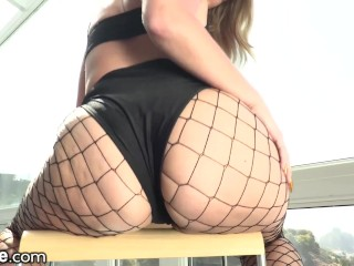Preview 2 of XEmpire - Curvy Babe only Squirts from Anal