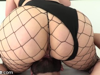 Preview 5 of XEmpire - Curvy Babe only Squirts from Anal