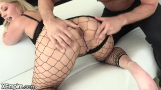 xempire – curvy babe only squirts from backdoor
