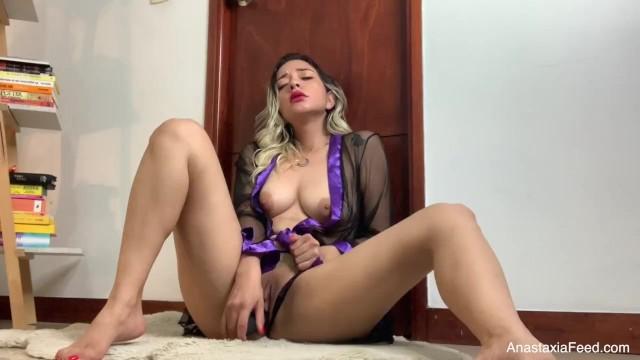 Watch royal lynn porn vids Using my new interactive toy watching porn cuming hard - anastaxia lynn