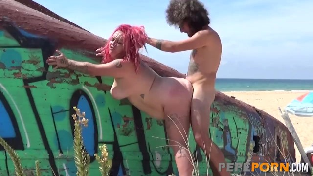 Bottom of the sea look outside Fat slutty redhead gets drilled by the sea