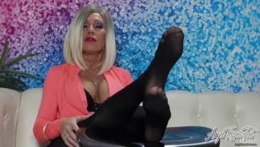 Boss Feet Control your Cock - Nikki Ashton