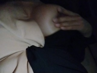 Thai girl big boobs - เรียก grab car แล้วช่วยตัวเอง