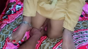 Desi college girl loved room sex with boy