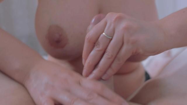 Mom gives son a hand job Wonderful milf big tit make hand job the boss armpits lover2020