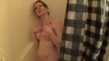 Tinker Tits loves getting wet and bubbly