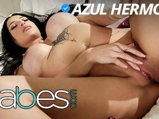 Babes – Bubble butt Latina Azul Hermosa gets fucked by tattoed bf
