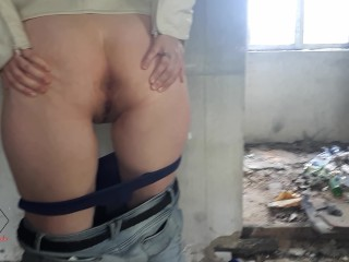 Risky public sex in the abandoned building near the road.