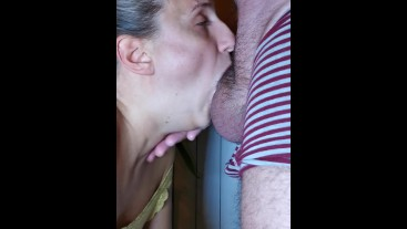 INCREDIBLE DEEPTHROAT SKILLS - SPH - She made me cum even before I got hard