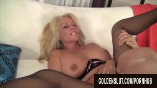 Golden Slut – Eating Mature Pussy Compilation Part 1