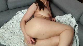 intense orgasm with glass dildo