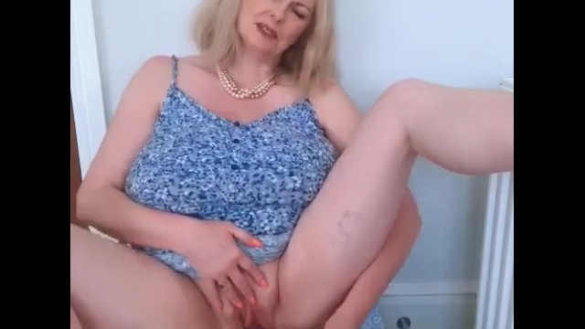 Mature minger Annabels summer dress dildo fuck