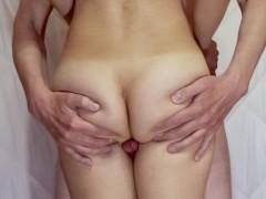 Perfect thighjob: she rubs his cock until he cum on her legs - Hotkralya