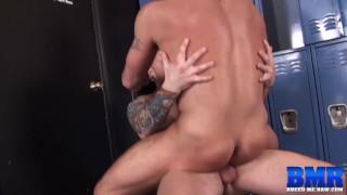 BREEDMERAW Hugh Hunter Bottoms For Big Cock In Locker Room