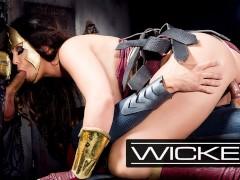 WickedParodies - Batman & Superman Double Team Wonder Woman