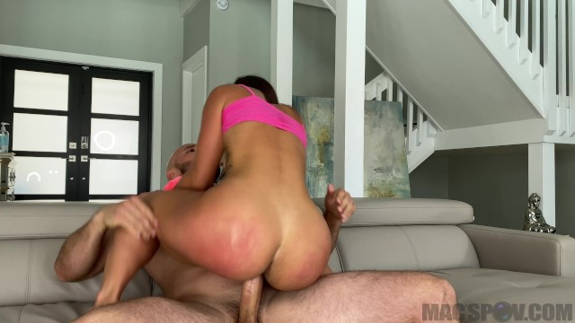 Aunty sexy back Kelsi monroes back to fuck her favorite big dick