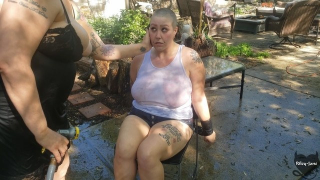 Shaved brow Bdsm slave punished by castratta, her head is shaved and she gets the hose