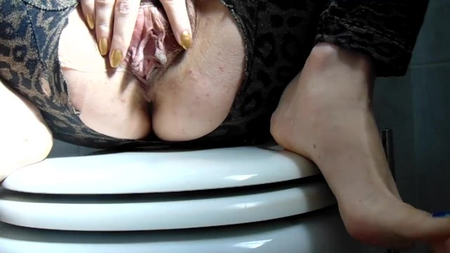 Kinky sex that stimulate the clitoris Creamy orgasm with clitoral stimulation