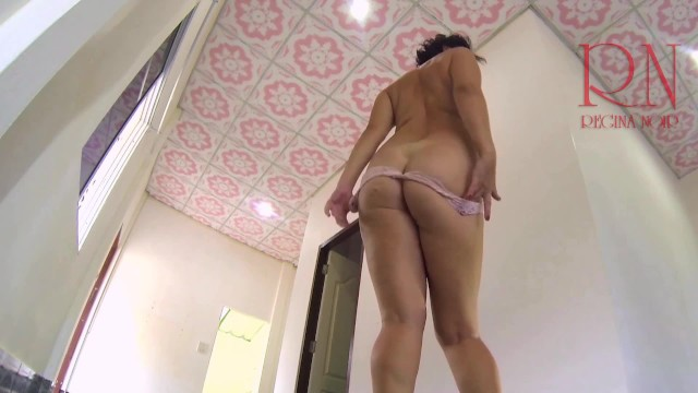 Private sex regina moon Striptease on high heels in empty house