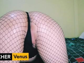 TeacherVenus – cumshot on my sexy feets