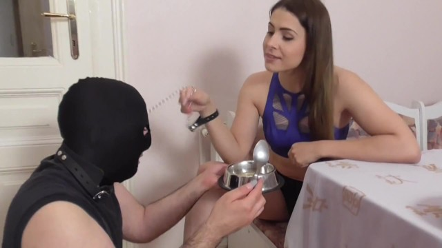 Effects caffine on breast feeding Slaves get feeding by mistresses