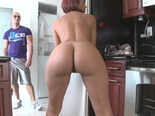 BANGBROS - Latina Babe Julissa James With Dat Big Ol' Booty