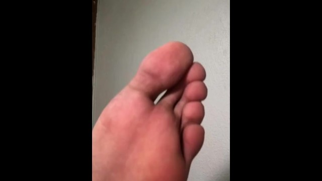 Gay male genitalia Soles of male feet // plantas de pies / male foot fetish