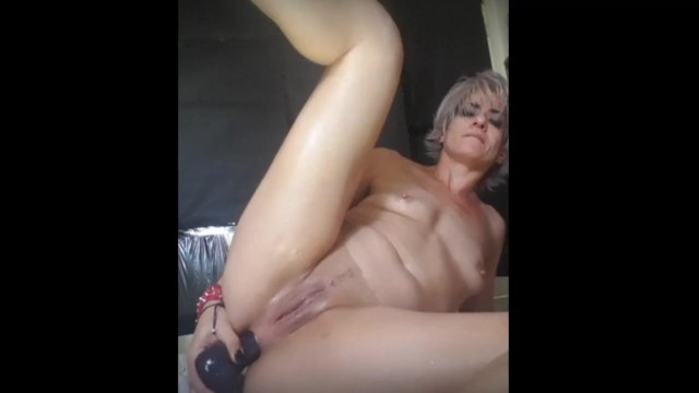 Xxx porn cleo Horny milf cums, squirts, pees and farts: very intense solo