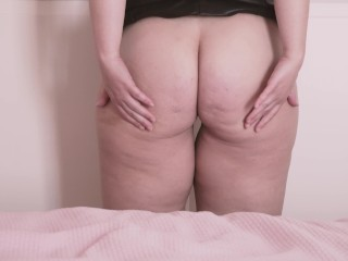 Mis nalgotas…I shake my chubby ass. Look at my thick ass, do you like it?