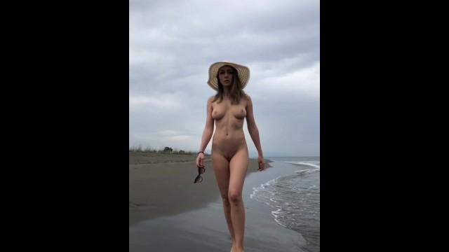 Girls naked beach galleries Naked model on beach