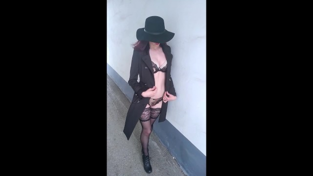 Sexy older ladies in underwear Lady_fleur smokes and shows lace underwear in an alley