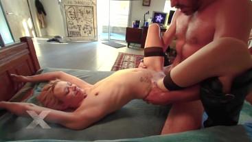 stripper turns lap dance into amazing sex