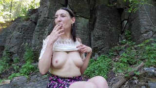 Video porno xxx - Vdechněte 35 Kouření Fetišů A Městského Nudismu Cikánskými Dolory