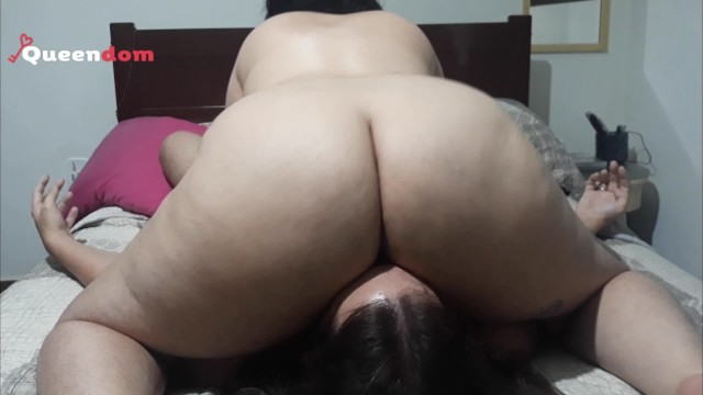 Femdom facesitting queening creampie Bbw facesitting and smothering in sweatpants