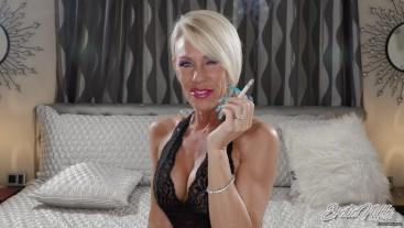 Smoke A Saratoga With Me - Nikki Ashton