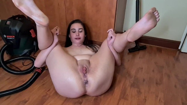 Lip swollen vagina Piss on my big labia big pussy lips