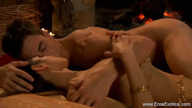 Eros and Cunnilingus pussy licking tutorial session of couple