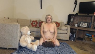 That's the way the Teddy Bears have their THREESOME